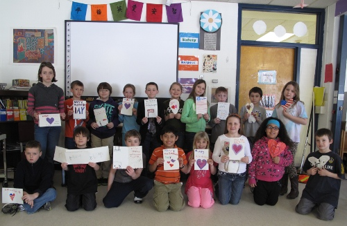 MBS students with their valentines for veterans